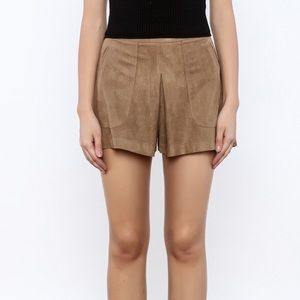 NEW Lush Suede Shorts Size Small tan